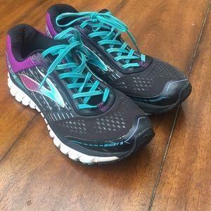 Brooks Ghost 9 Women's Sneakers size 11.5